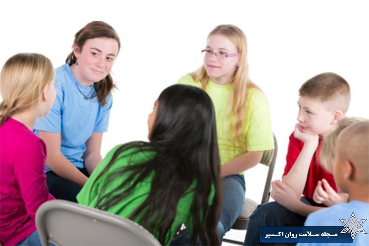 گروه درمانی کودکان و نوجوانان