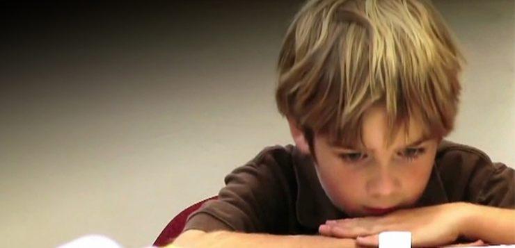 آموزش خودکنترلی به کودکان