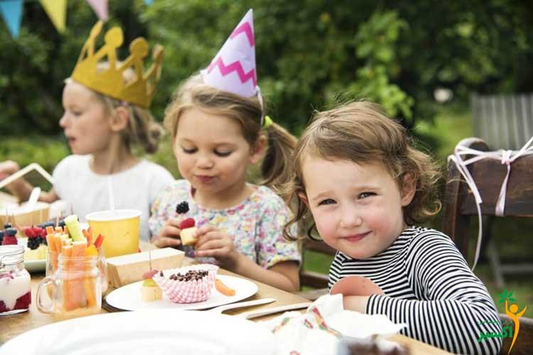 شیوه اجتماعی بارآوردن کودکان