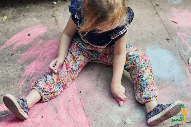 علائم اوتیسم در دختران