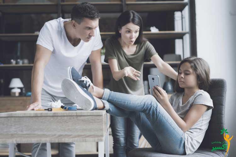 فضای مجازی و علائم افسردگی نوجوانان