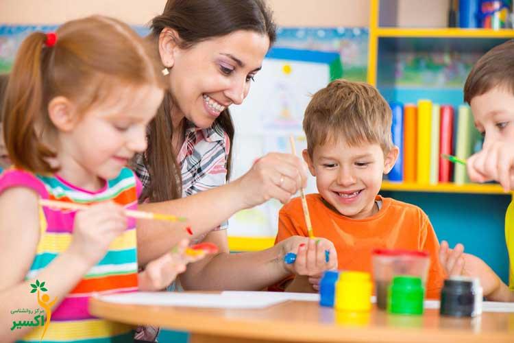 کاربرد بازی درمانی گروهی در اختلالات کودکان