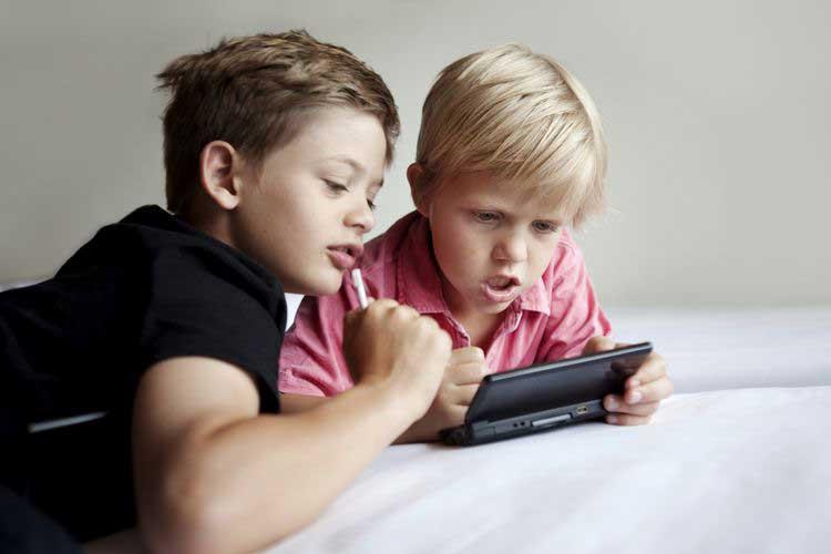 تاثیر بازی ویدئویی خشن بر پرخاشگری کودکان