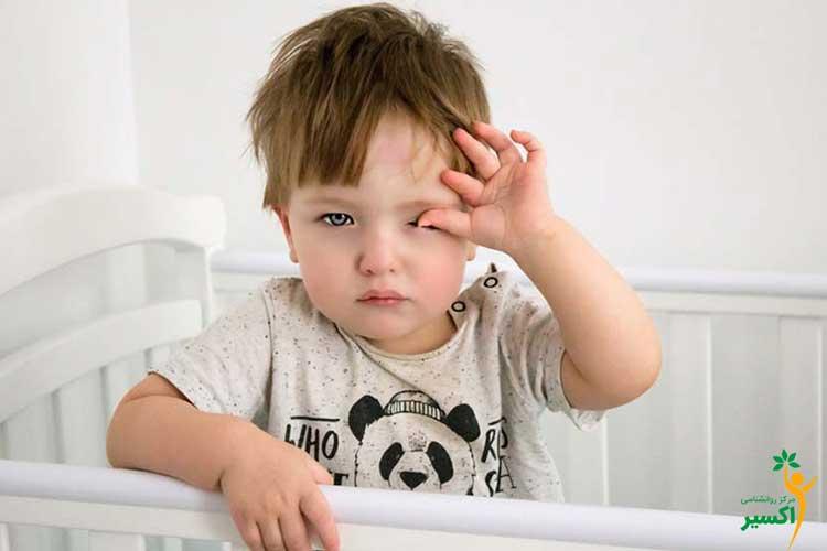 نحوه بیدار کردن کودک