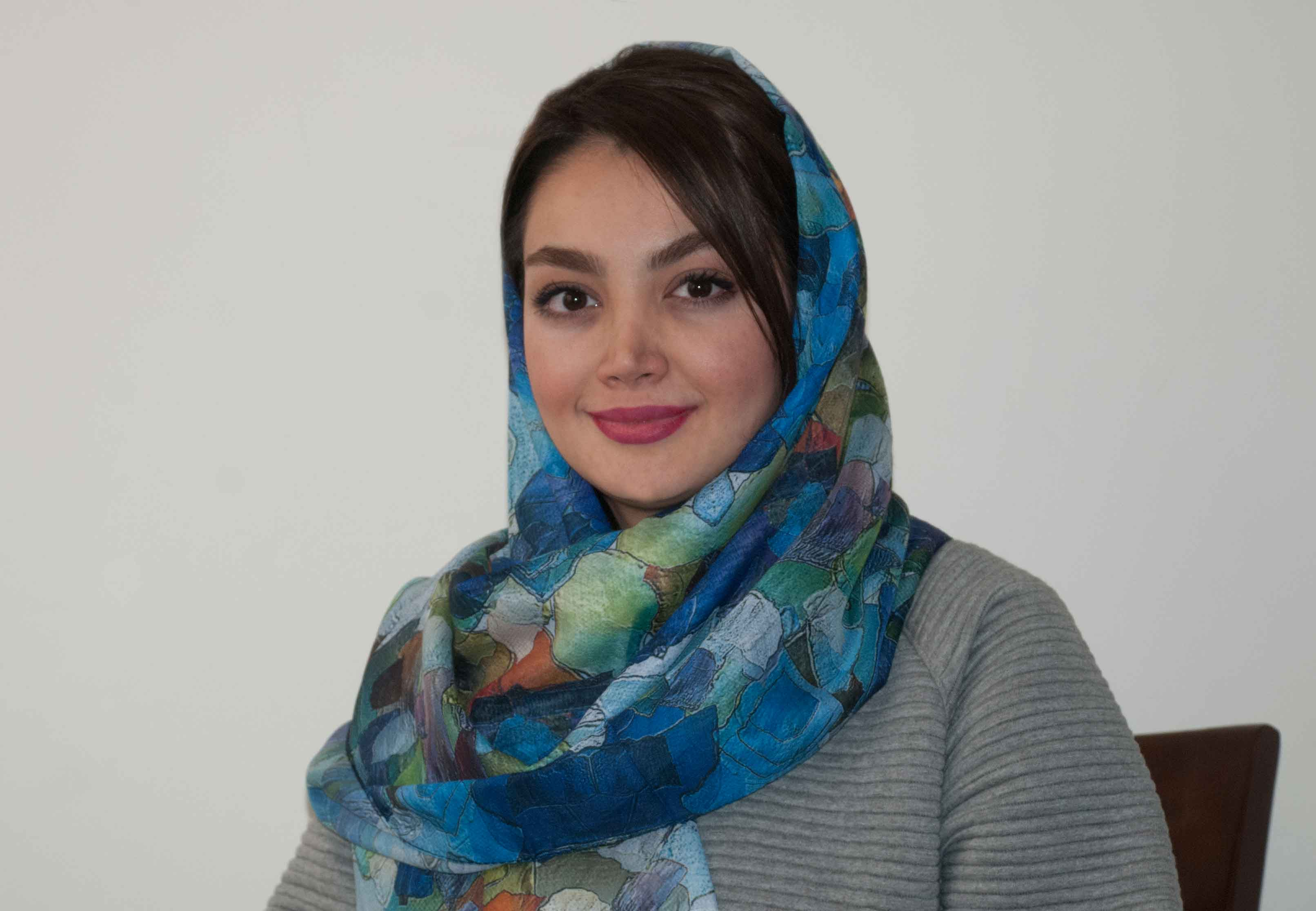 دکتر-عسل-ناجیان - متخصص مشاوره نوجوان اکسیر