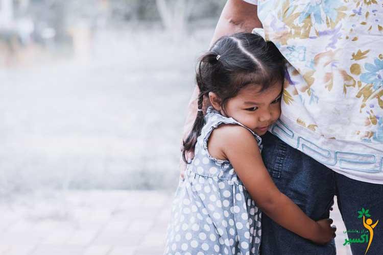 قهر کردن والدین با کودک