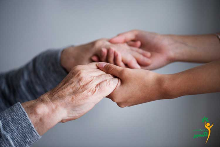 راهنمای مراقبت از سالمندان
