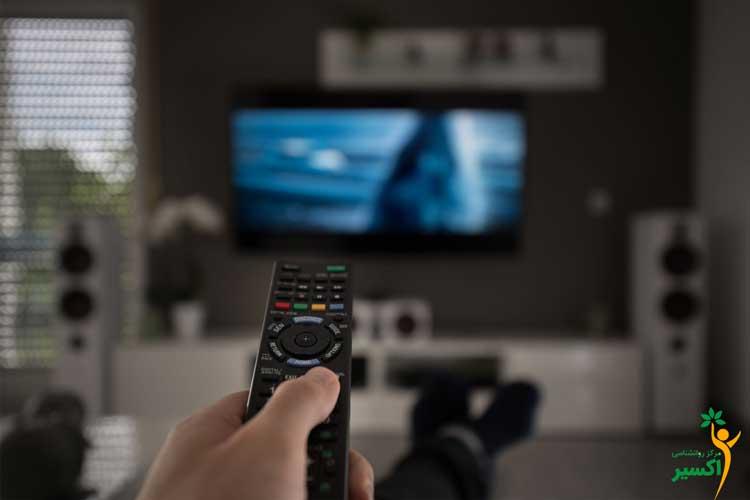 هولناک ترین مضرات تماشای تلویزیون