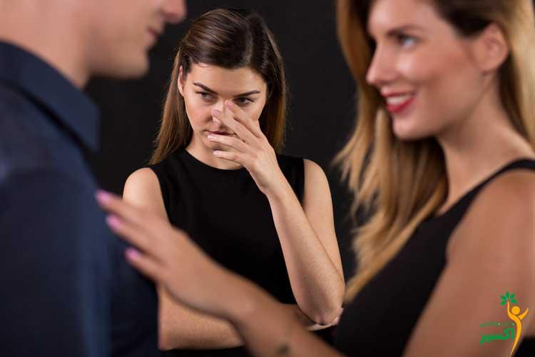 نشانه های حسادت زنان