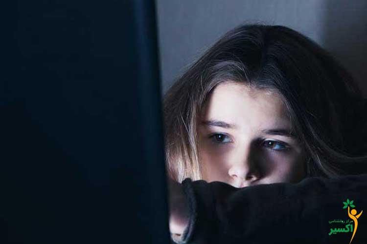 انواع علائم افسردگی نوجوانان