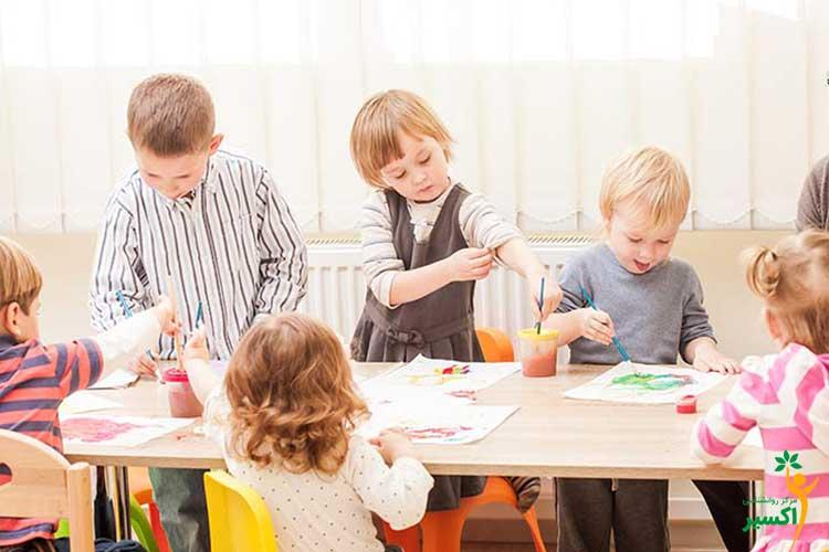 نقاشی کشیدن کودکان
