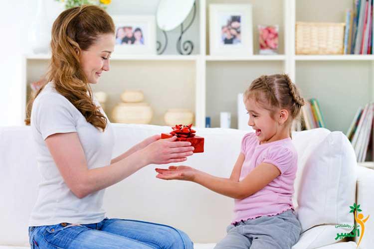 ضرورت پاداش دادن به کودکان
