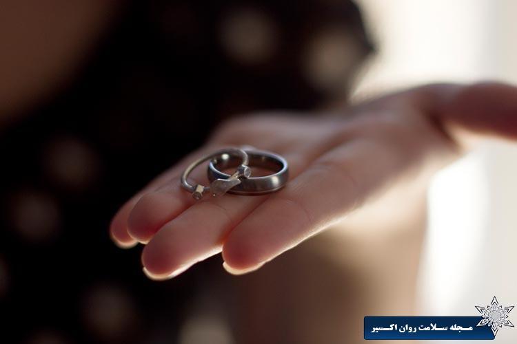 فرار آقایان از ازدواج