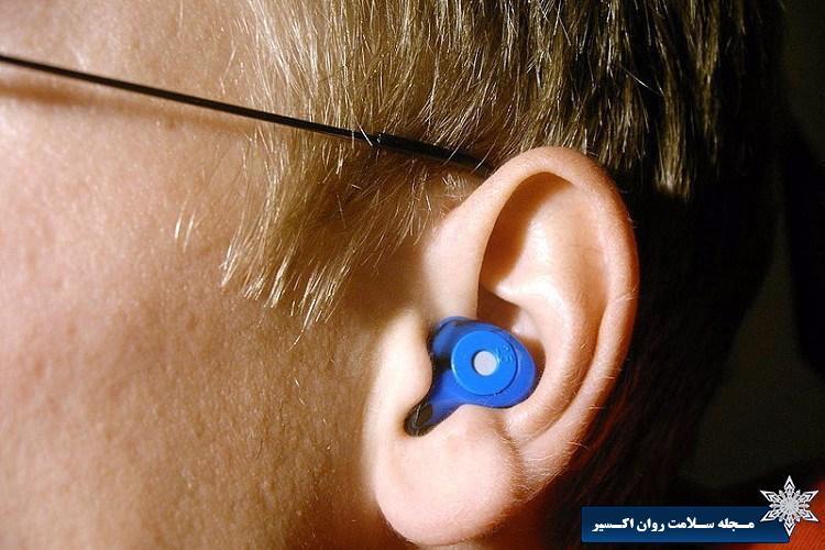 استفاده از گوش بند