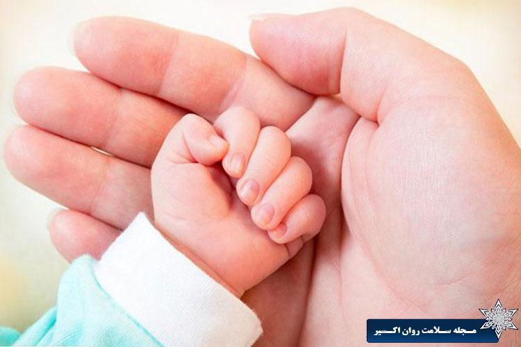 ژن های چاقی مادر از طریق بند ناف به جنین منتقل می شود!
