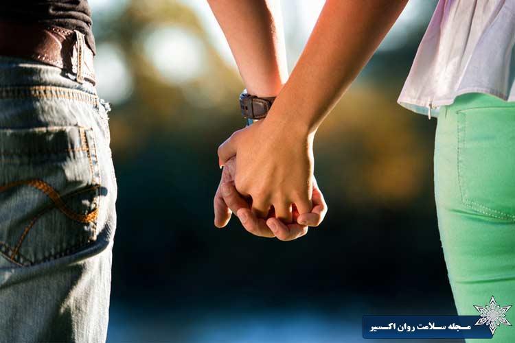 ازدواج قلمرو ارتباط مشترک و یکی شدن است