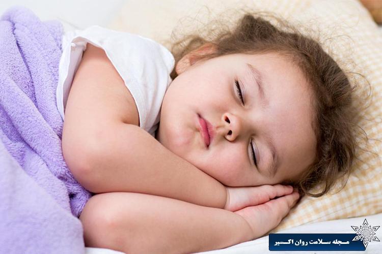 بیدار شدن مکرر کودک